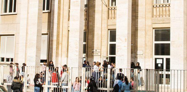 Il liceo, una scuola che assicura  una buona preparazione agli studenti