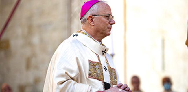 Il Pallio esprime unità tra il Papa e l'Arcivescovo